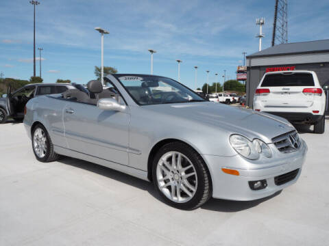 2009 Mercedes-Benz CLK for sale at SIMOTES MOTORS in Minooka IL