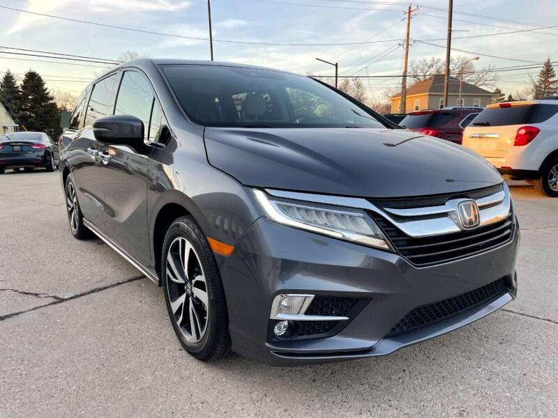 2019 Honda Odyssey for sale at Auto Gallery LLC in Burlington WI