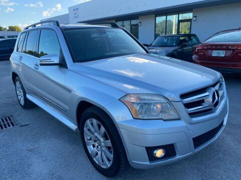 2010 Mercedes-Benz GLK for sale at UNITED AUTO BROKERS in Hollywood FL