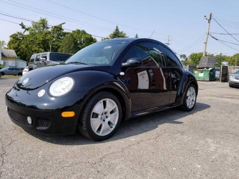 2002 Volkswagen New Beetle for sale at DALE'S AUTO INC in Mt Clemens MI