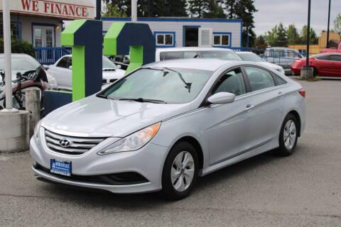 2014 Hyundai Sonata for sale at BAYSIDE AUTO SALES in Everett WA