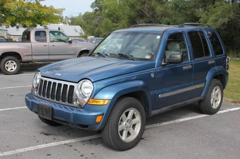 2005 Jeep Liberty for sale at Auto Bahn Motors in Winchester VA