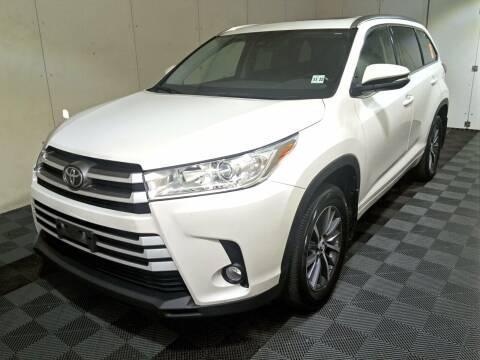 2018 Toyota Highlander for sale at Priority Auto Mall in Lakewood NJ