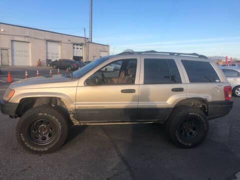 2000 Jeep Grand Cherokee for sale at Debo Bros Auto Sales in Philadelphia PA