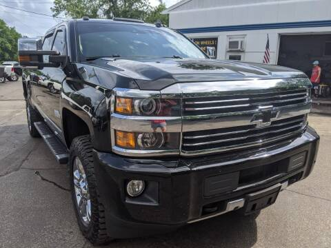 2015 Chevrolet Silverado 2500HD for sale at GREAT DEALS ON WHEELS in Michigan City IN