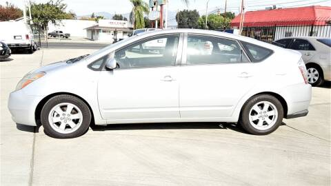2007 Toyota Prius for sale at DOYONDA AUTO SALES in Pomona CA