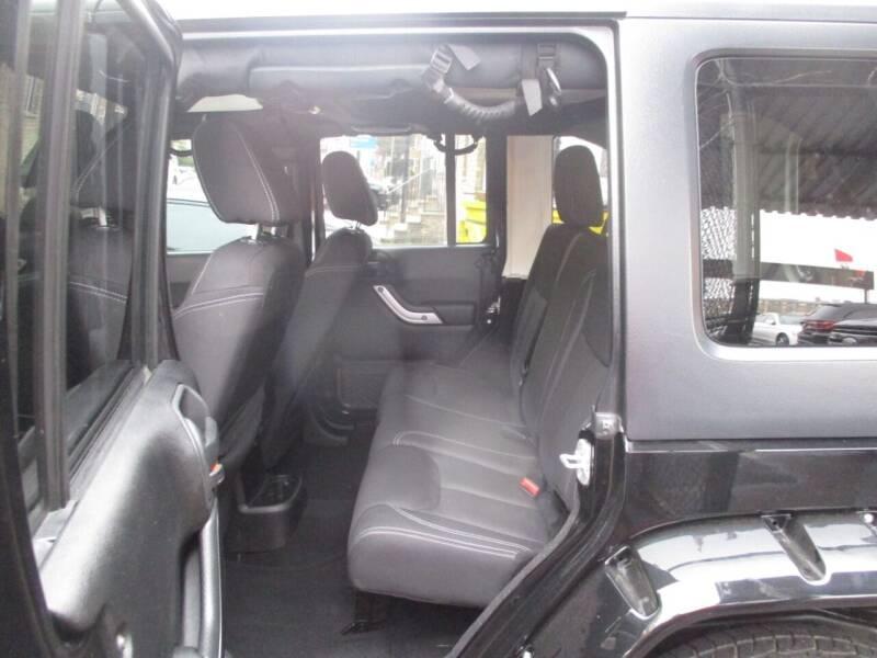 2013 Jeep Wrangler Unlimited 4x4 Sahara 4dr SUV - Newark NJ
