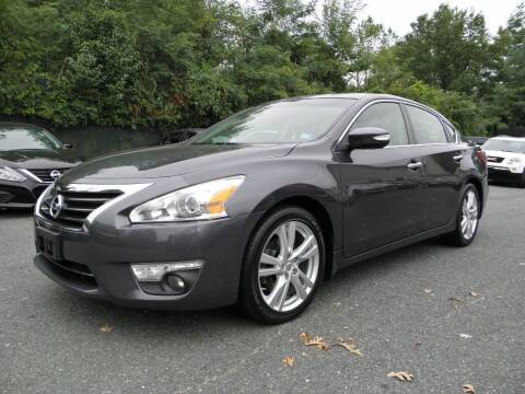 2013 Nissan Altima for sale at Dream Auto Group in Dumfries VA