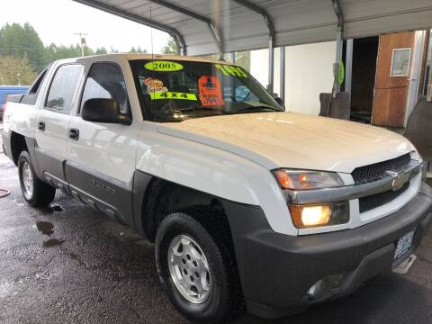 2005 Chevrolet Avalanche for sale at Freeborn Motors in Lafayette, OR