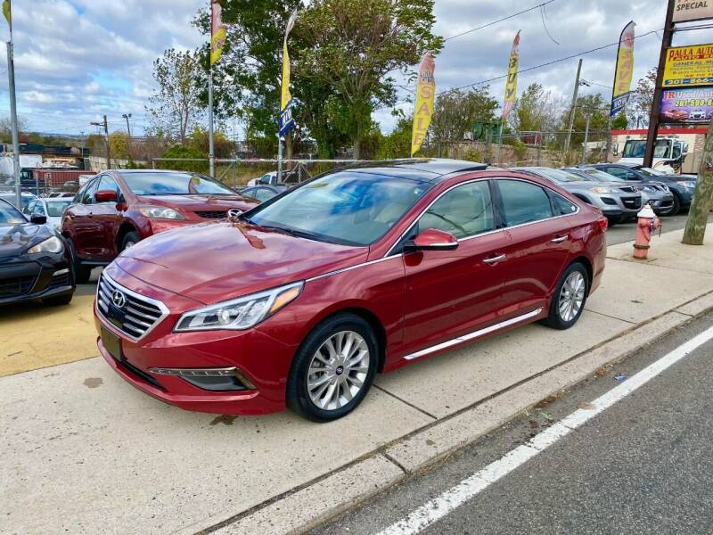 2015 Hyundai Sonata for sale at JR Used Auto Sales in North Bergen NJ