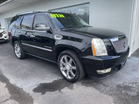 2010 Cadillac Escalade for sale at Used Car Factory Sales & Service in Port Charlotte FL