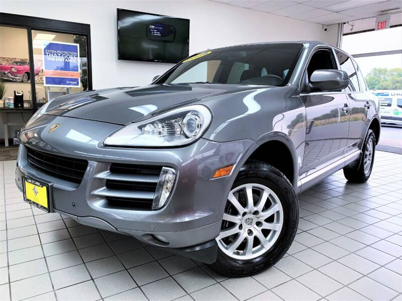 2009 Porsche Cayenne for sale at SAINT CHARLES MOTORCARS in Saint Charles IL