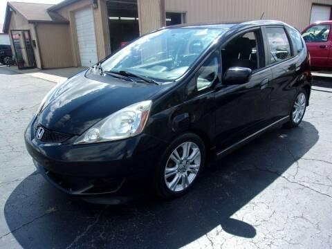 2009 Honda Fit for sale at DAVE KNAPP USED CARS in Lapeer MI