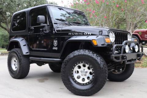 2004 Jeep Wrangler for sale at SELECT JEEPS INC in League City TX