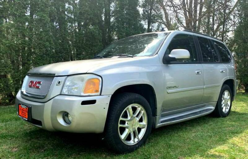 2006 GMC Envoy for sale at Knowlton Motors, Inc. in Freeport IL