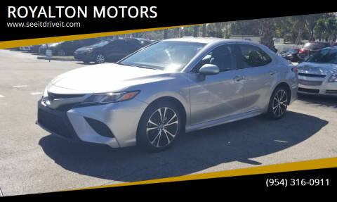 2018 Toyota Camry for sale at ROYALTON MOTORS in Plantation FL
