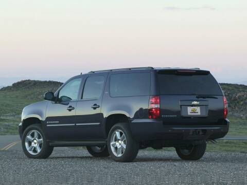2010 Chevrolet Suburban for sale at CHEVROLET OF SMITHTOWN in Saint James NY
