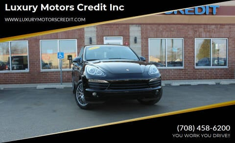 2012 Porsche Cayenne for sale at Luxury Motors Credit Inc in Bridgeview IL