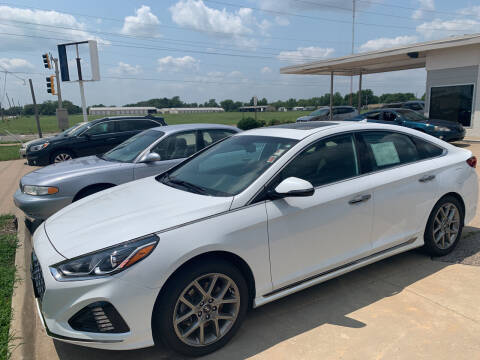 2018 Hyundai Sonata for sale at S & S Sports and Imports in Newton KS