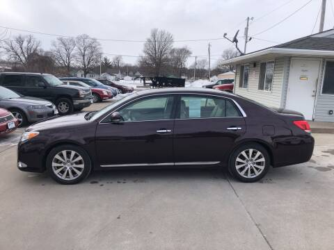 2011 Toyota Avalon for sale at 6th Street Auto Sales in Marshalltown IA