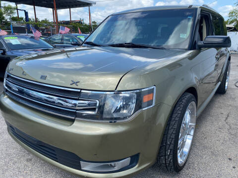 2013 Ford Flex for sale at INTERNATIONAL AUTO BROKERS INC in Hollywood FL