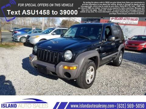 2004 Jeep Liberty for sale at Island Auto Sales in E.Patchogue NY