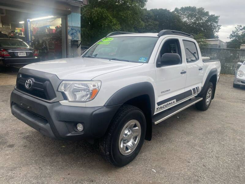 2015 Toyota Tacoma for sale at American Best Auto Sales in Uniondale NY