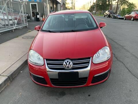 2009 Volkswagen Jetta for sale at SUNSHINE AUTO SALES LLC in Paterson NJ