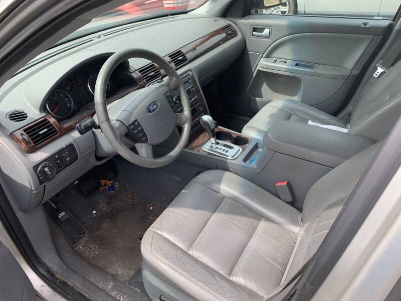 2006 Ford Five Hundred AWD SEL 4dr Sedan - West Pittsburg PA