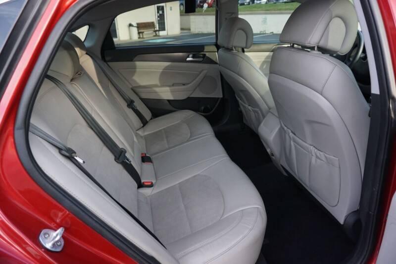 2017 Hyundai Sonata SPORT - Mount Vernon OH