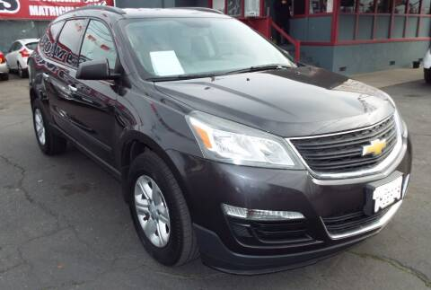2013 Chevrolet Traverse for sale at 559 Motors in Fresno CA