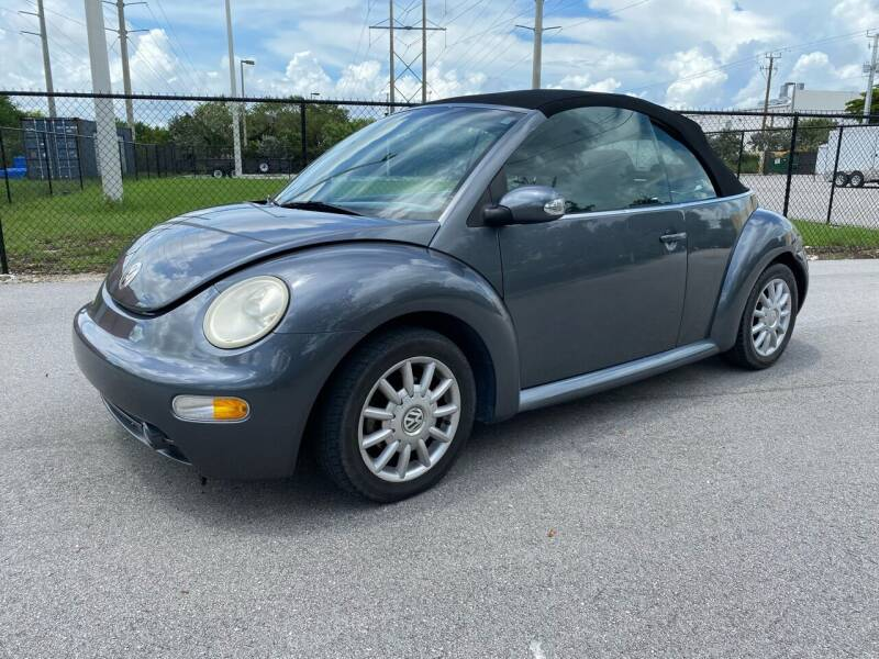 2004 Volkswagen New Beetle Convertible for sale at Ultimate Dream Cars in Wellington FL
