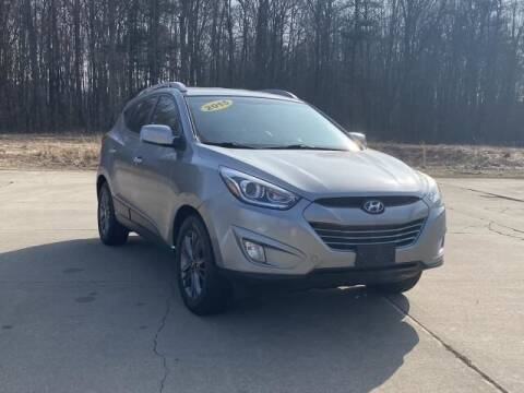 2015 Hyundai Tucson for sale at Betten Baker Preowned Center in Twin Lake MI