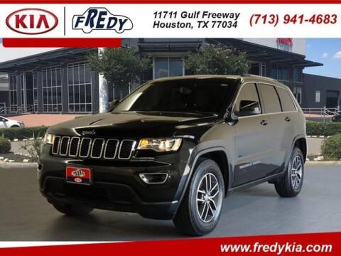 2018 Jeep Grand Cherokee for sale at FREDYS CARS FOR LESS in Houston TX