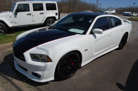 2013 Dodge Charger for sale at Modern Motors - Thomasville INC in Thomasville NC