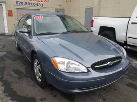 2000 Ford Taurus for sale at Small Town Auto Sales in Hazleton PA