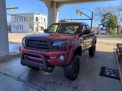 2006 Toyota Tacoma for sale at ROBINSON AUTO BROKERS in Dallas NC