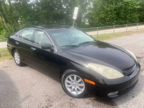 2003 Lexus ES 300 for sale at UpCountry Motors in Taylors SC