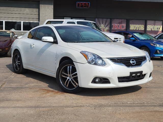2013 Nissan Altima for sale at KC MOTORSPORTS in Tulsa OK