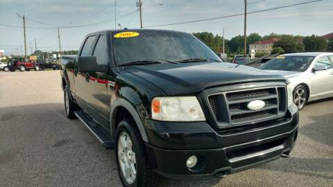2007 Ford F-150 for sale at Kelly & Kelly Supermarket of Cars in Fayetteville NC