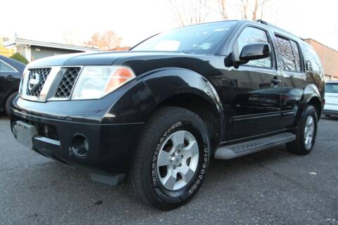 2006 Nissan Pathfinder for sale at AA Discount Auto Sales in Bergenfield NJ