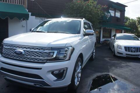 2019 Ford Expedition for sale at Dream Machines USA in Lantana FL