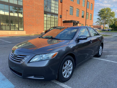2007 Toyota Camry Hybrid for sale at Auto Wholesalers Of Rockville in Rockville MD