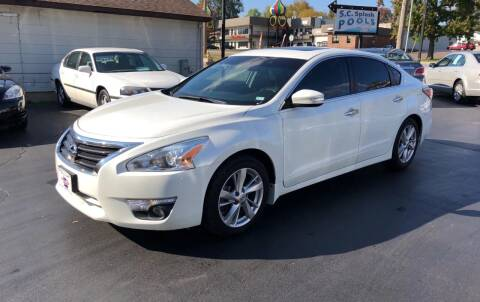2014 Nissan Altima for sale at County Seat Motors in Union MO