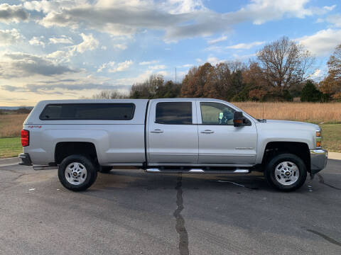 2017 Chevrolet Silverado 2500HD for sale at V Automotive in Harrison AR