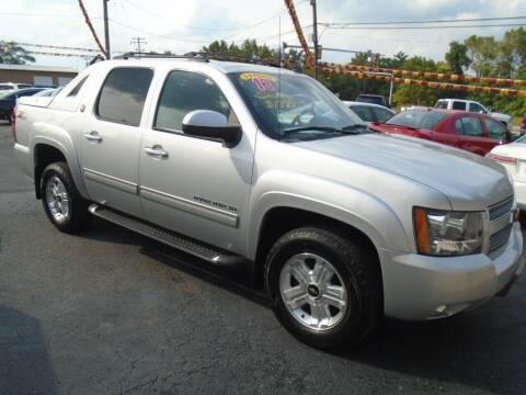 2013 Chevrolet Avalanche for sale at River City Auto Sales in Cottage Hills IL