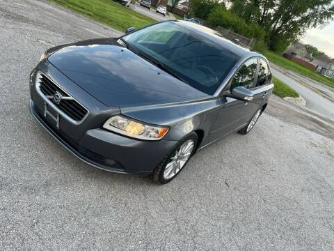 2010 Volvo S40 for sale at Supreme Auto Gallery LLC in Kansas City MO