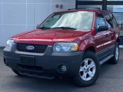 2005 Ford Escape for sale at MAGIC AUTO SALES in Little Ferry NJ