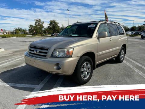 2005 Toyota Highlander for sale at Alma Car Sales in Miami FL