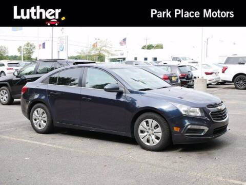 2016 Chevrolet Cruze Limited for sale at Park Place Motor Cars in Rochester MN